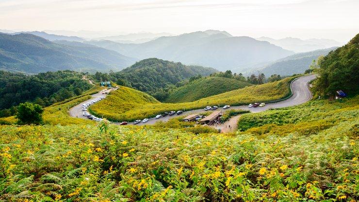 เมืองสามหมอก แม่ฮ่องสอนเป็นเมืองที่น่ารัก เนื่องจากมีสภาพแวดล้อมทางธรรมชาติที่สวยงาม