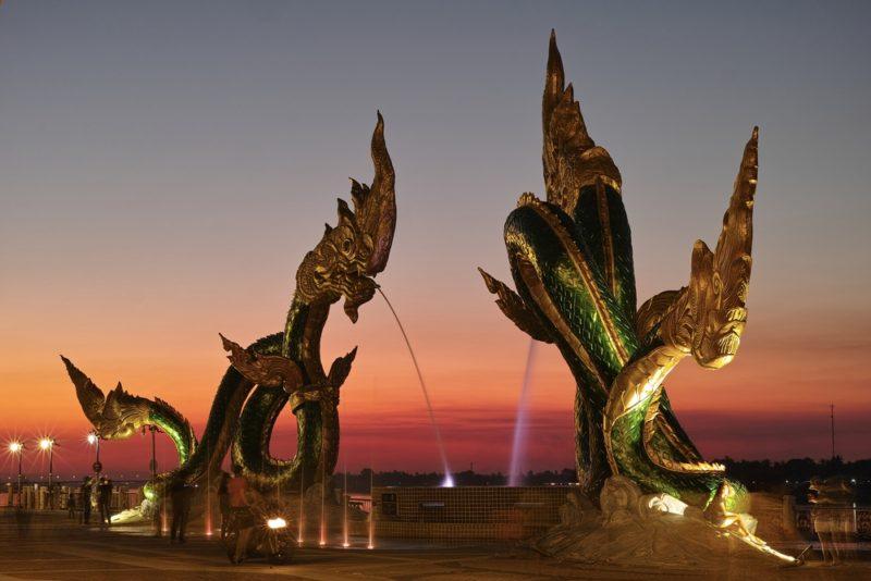 การเดินทางมาที่หนองคาย เมืองท่องเที่ยวแสนประทับใจ โดยมีการเดินทางโดยรถประจำทาง และการเดินทางโดยเครื่องบิน