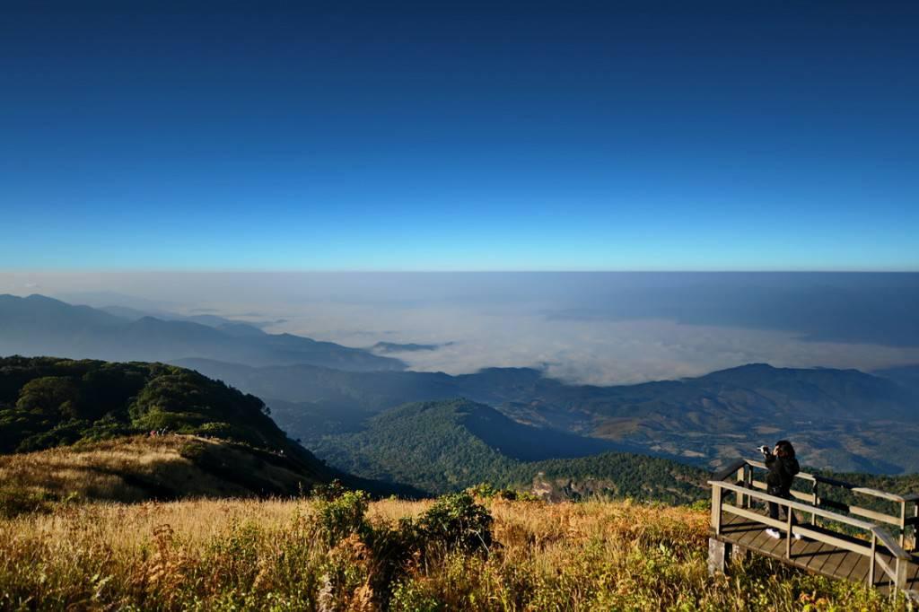 ดอยอินทนนท์ ดอยแห่งนี้เป็นแหล่งที่เป็นยอดเขาที่สูงที่สุดในประเทศไทย