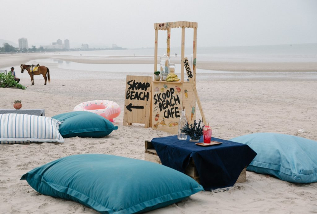 "Caféใกล้กรุงเทพ ร้านที่สาม ที่อยากแนะนำ ก็คือ ""Skoop Beach Café Hua Hin"""