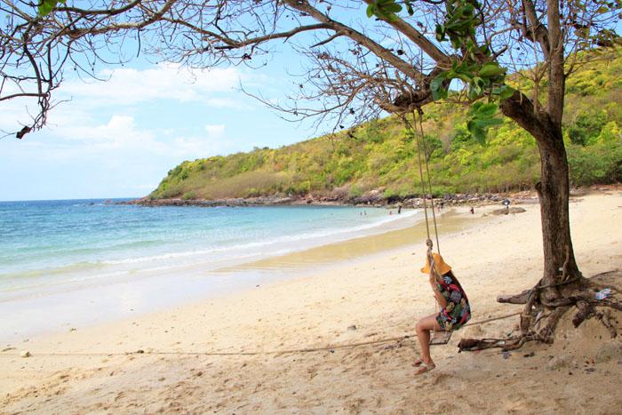 เกาะล้าน ต้องบอกเลยว่าเป็นเกาะที่มีความสวยงามที่สวยฉุดไม่อยู่เลยจริงๆ