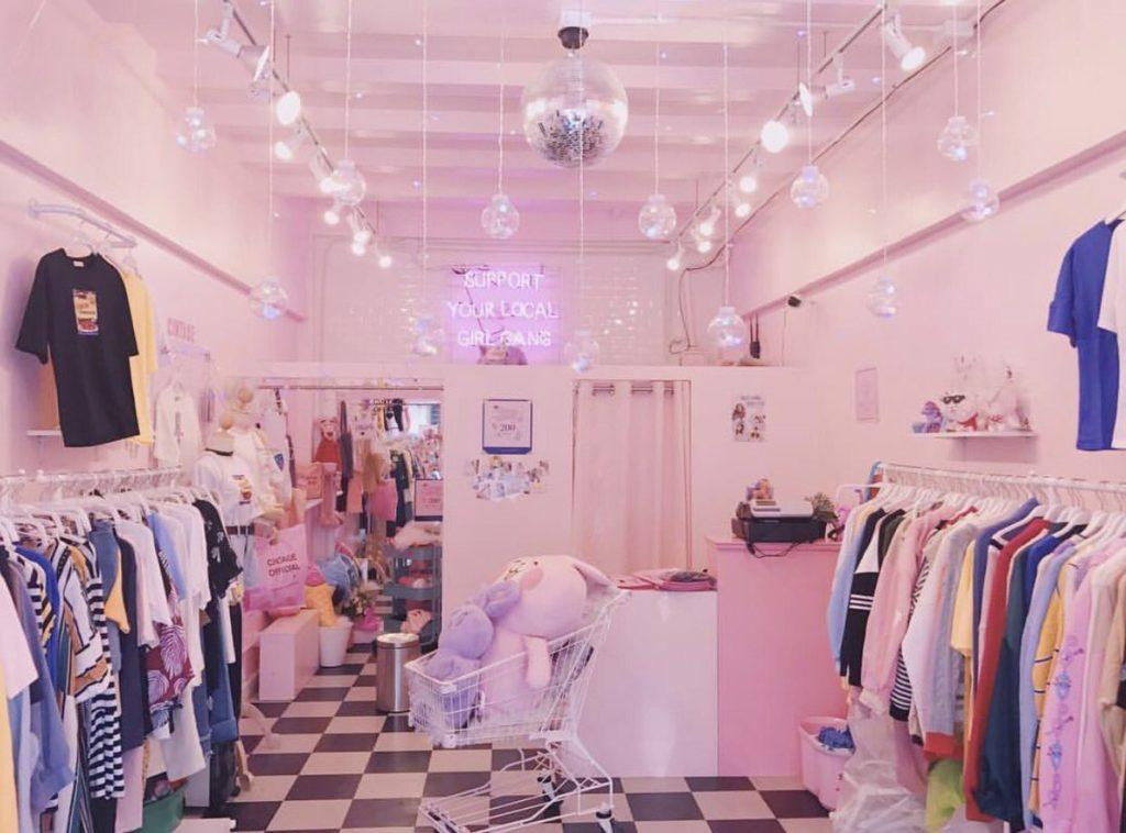 """Cintage Shop"""" อีกหนึ่ง ร้าน Café หวานๆ สไตล์เกาหลี ที่อยู่ด้านบนของร้านขายเสื้อผ้าแฟชั่นสไตล์เกาหลี"""