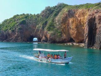 เกาะทะลุ จังหวัดประจวบคีรีขันธ์ ออกทริปดำน้ำ