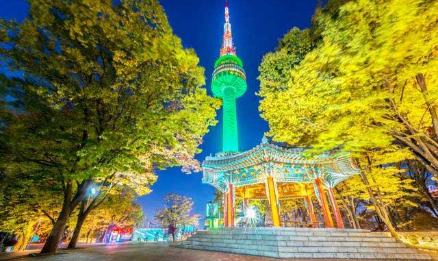 เที่ยวกรุงโซล N-Seoul Tower หอสูงบนยอดเขา