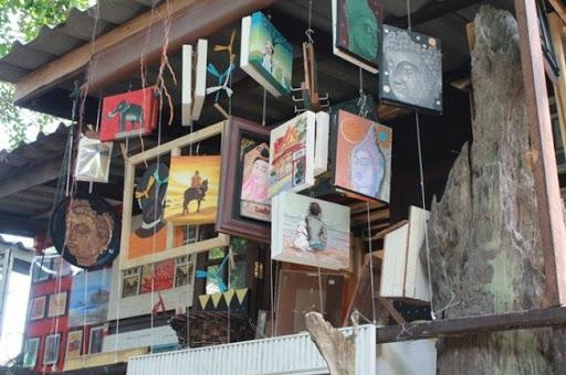 บ้านศิลปินหัวหิน หอศิลป์แสดงผลงานศิลปะ