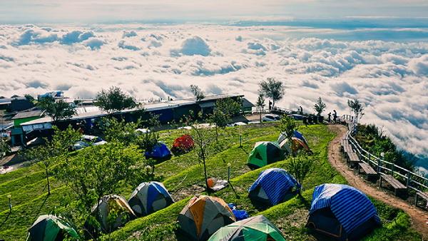 สถานที่ท่องเที่ยวแนวภูเขา