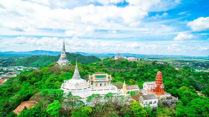 เขาวัง อุทยานประวัติศาสตร์พระนครคีรีแห่งเมืองเพชรบุรี