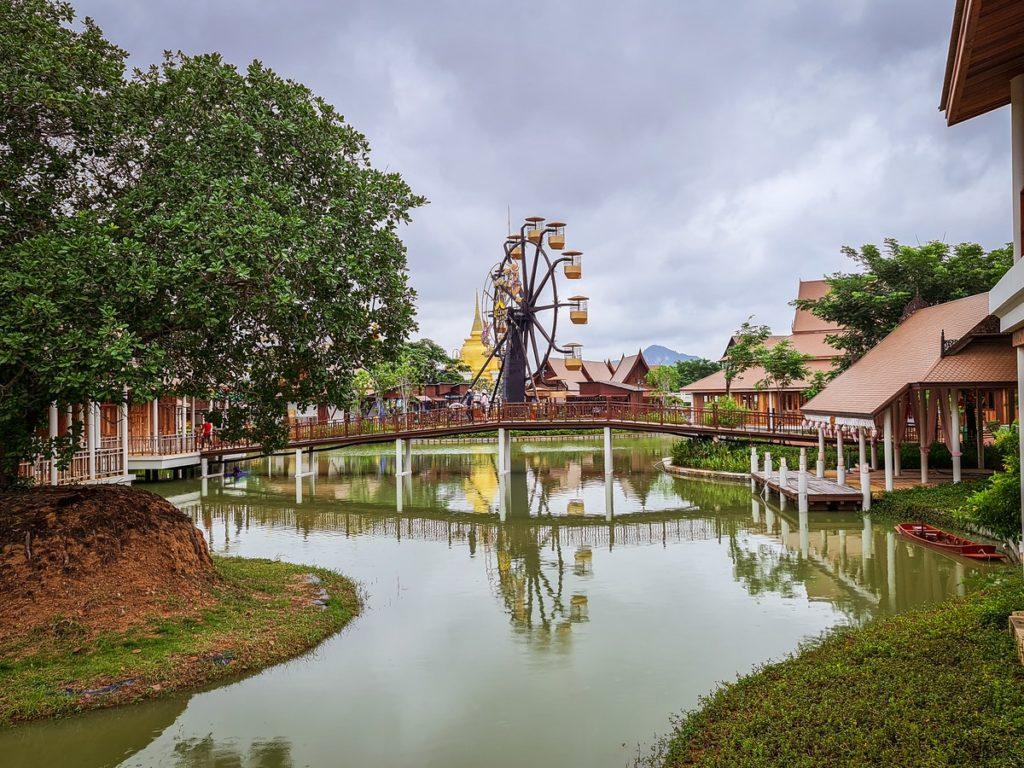 LEGEND SIAM พัทยา มีโซน 4 ภาคของประเทศไทย