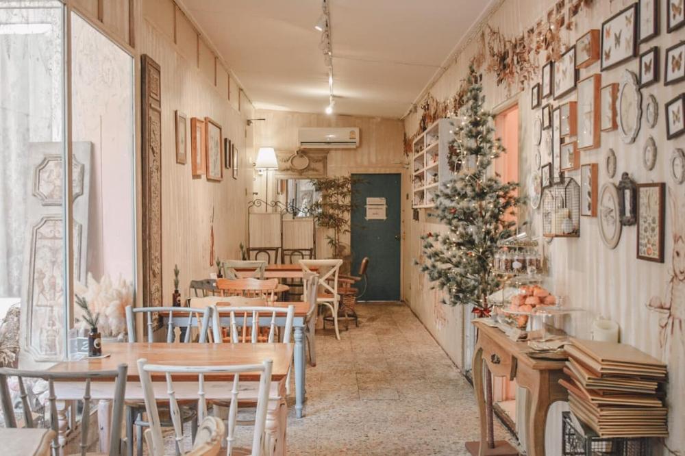 Chuanpisamai Cafe