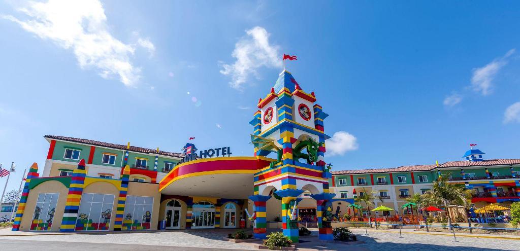 สวนสนุกเลโก้แลนด์เมืองจำลองที่สร้างจากเลโก้