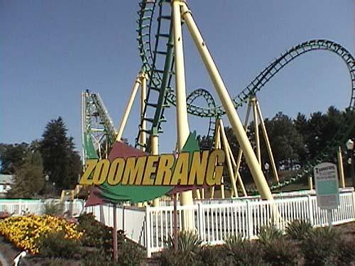 สวนสนุกเเลคคอมพาวน์ซ สวนสนุกเก่าแก่ที่สุดของประเทศสหรัฐอเมริกา